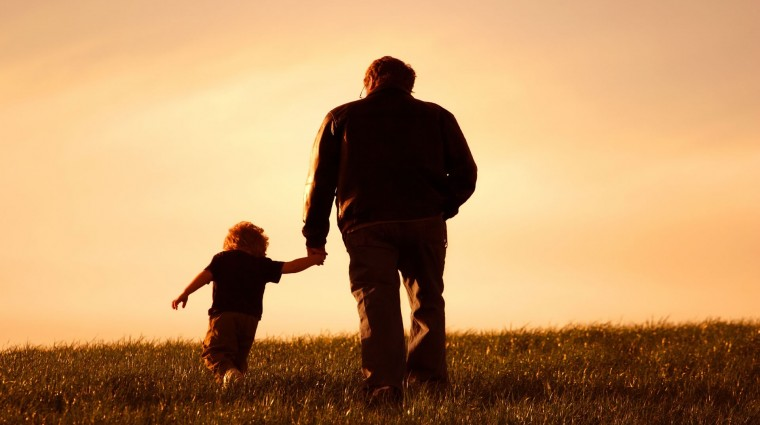 Padre no es el que otorga el camino, es el que ayuda a sus hijos a trazar su propio destino